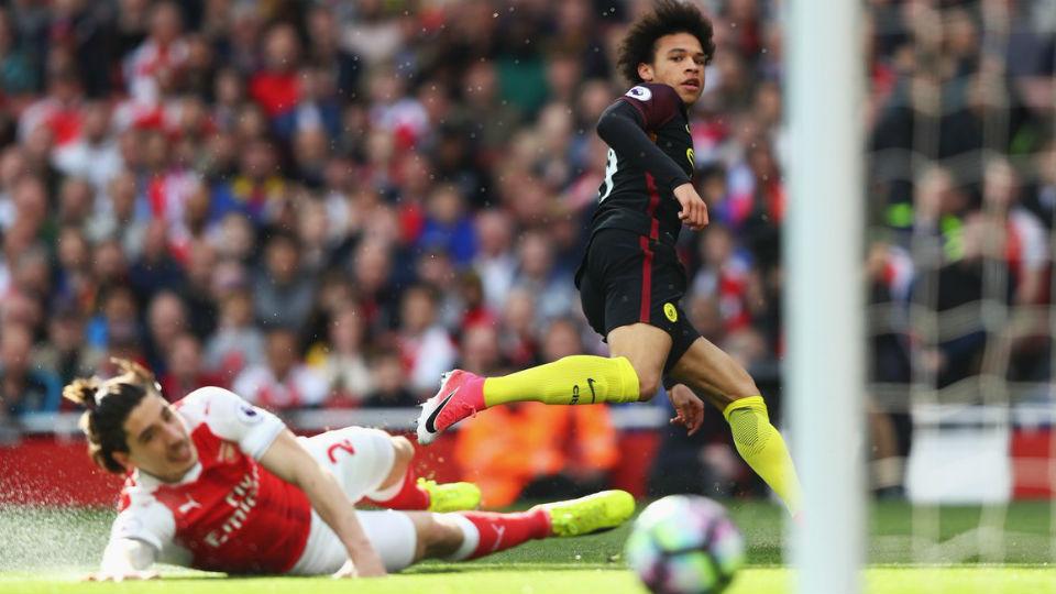 Leroy Sane sukses membuat Manchester City unggul lebih dulu pada menit ke-5